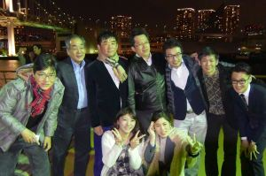 27-2東京湾の夜景と共に