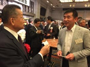 s_⑦農林水産省山本大臣と歓談
